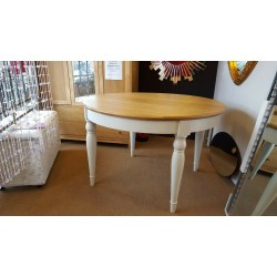 Bentley Designs Hampstead Two Tone Dining Table 6 Round Extending Oak RRP£730